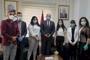 """وزير شؤون القدس يلتقي وفداً من إنجاز فلسطين والشركة الطلابية """"helpal"""""""