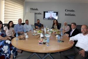 إنجاز فلسطين تجتمع مع أعضاء لجنتي تحكيم مسابقة برنامج الشركة الطلابية 2021